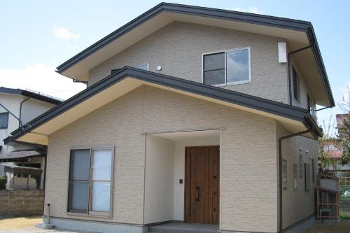 切妻屋根の雨漏りに強い住宅